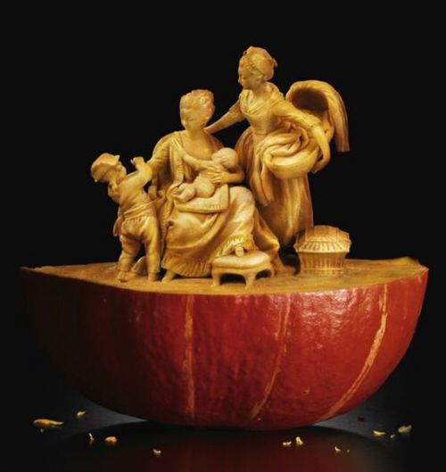Trully amazing food sculptures…… webstersworld